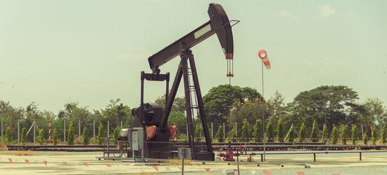 Нефтяники активно