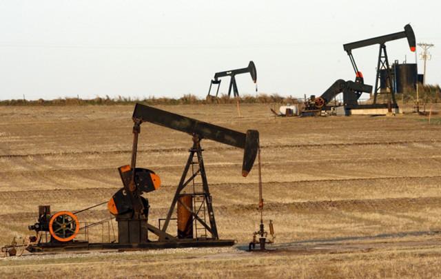 Цены на нефть движутся к