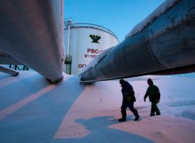Нефть под натиском