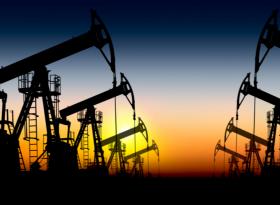 Обзор: нефть стабильна