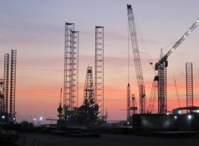 Газпром зажат в узком