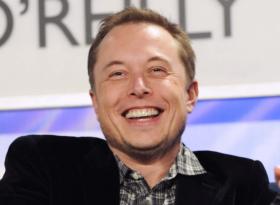 Tesla летит в небеса,