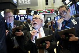 Акции США упали на фоне