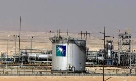 Растущая нефть спасает