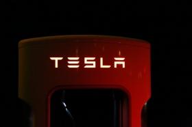 Акции Tesla могут