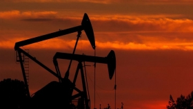 Цены на нефть упали ниже